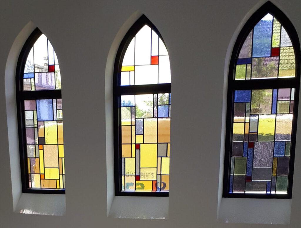 Glas in lood ramen gemaakt door Josette Meeuwis, Glasatelier De Spin in Oisterwijk