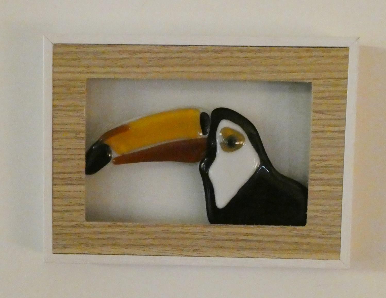 Vogels over de hele wereld, uit serie vogels gemaakt door glaskunstenaar Josette Meeuwis, Glasatelier de Spin